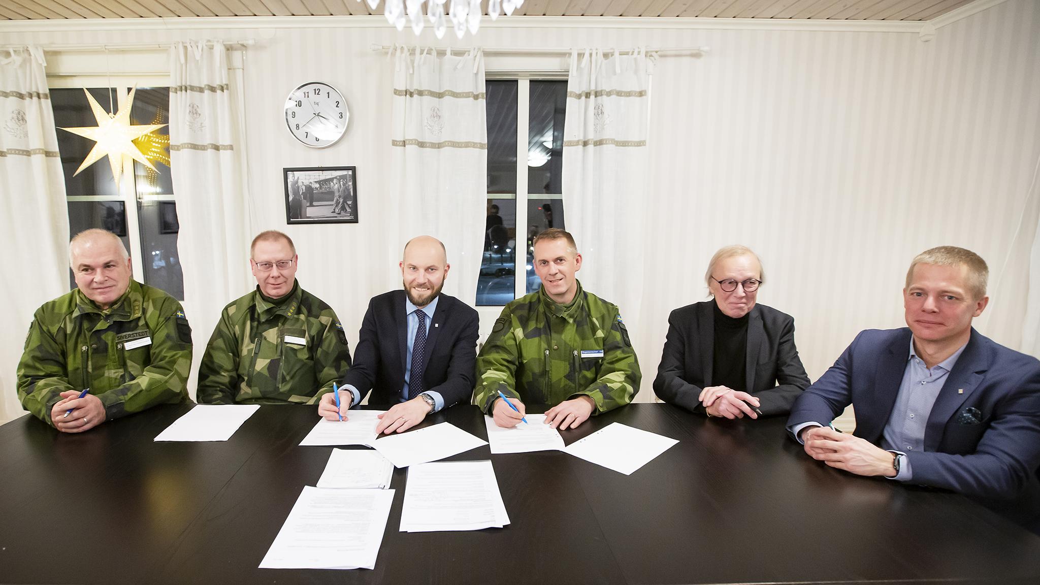 Närmare samarbete mellan kommun och garnison